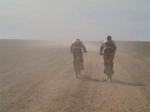 Powoli wyjeżdżamy z piachów